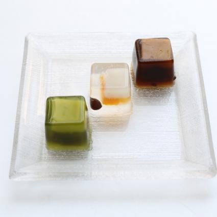 出典 : http://kameya-yoshinaga.com/?pid=92377440