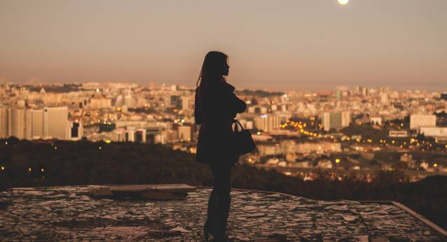 woman-alone-town
